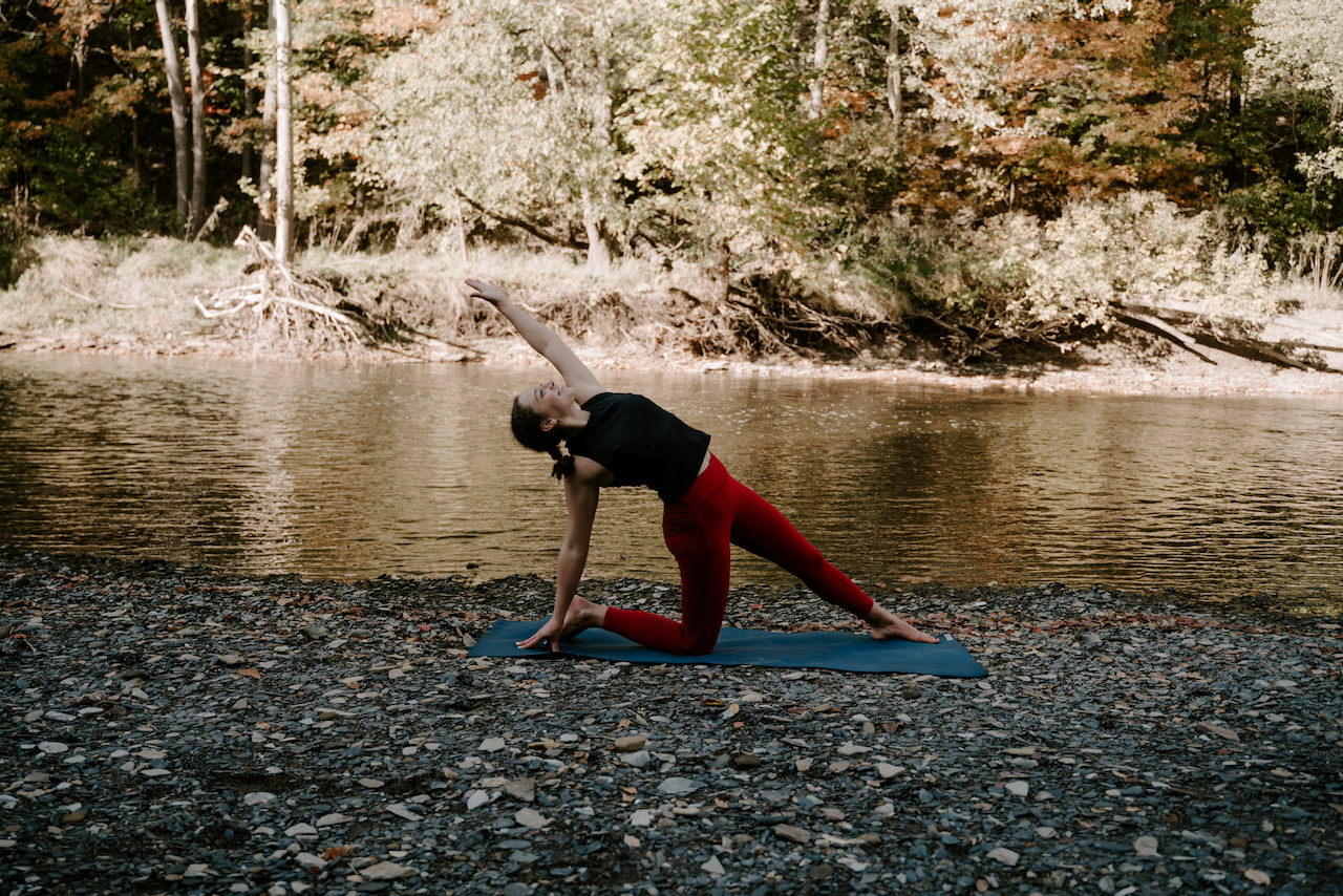 Find Your Flow – A Vinyasa Workshop Series with Stephanie Poutz
